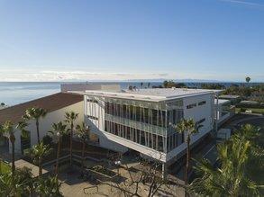 Moderner Campus direkt am Strand: SBCC