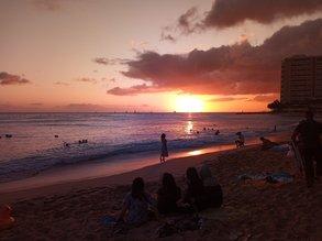 Traum-Auslandssemester an der Hawai'i Pacific University - wunderschöne Sonnenuntergänge am Strand inklusive