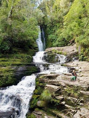 Wasserfälle und Neuseelands Natur im Auslandssemester genießen