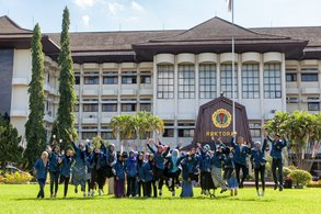 Auslandssemester in Indonesien auf der Insel Lombok.